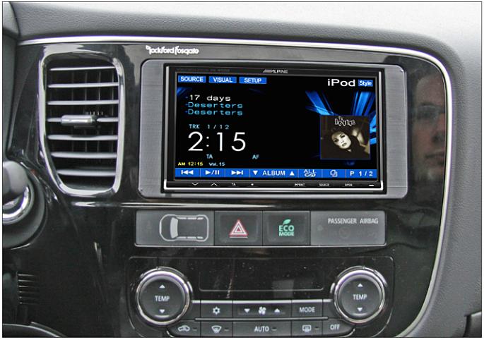 Замена штатной магнитолы Mitsubishi Outlander 2013+ с поддержкой усилителя Rockford Fosgate