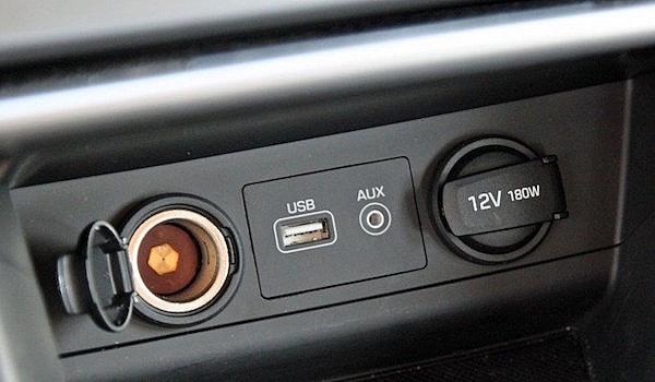 штатный USB разъем Hyundai Sonata