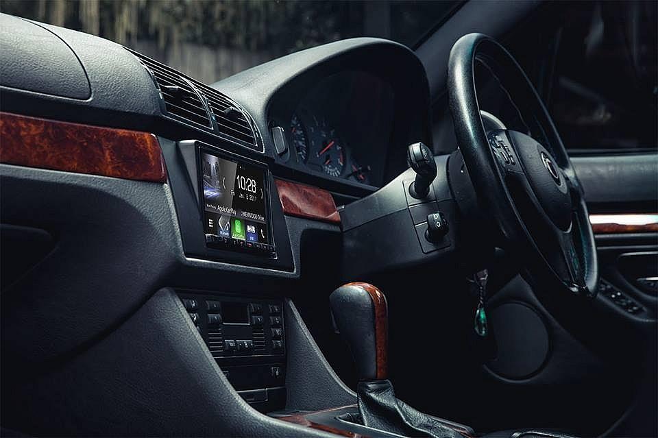 автомагнитола 2DIN в BMW X5