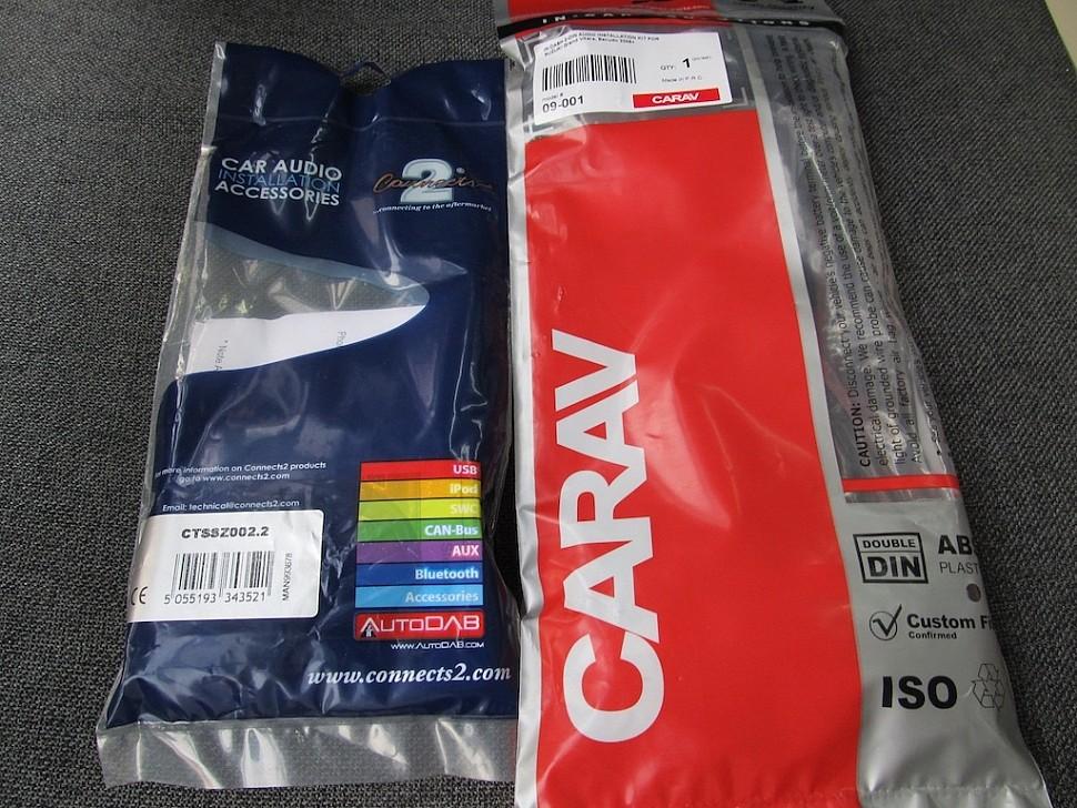 переходная рамка carav 09-001 и адаптер кнопок на руле connects2 ctssz002.2