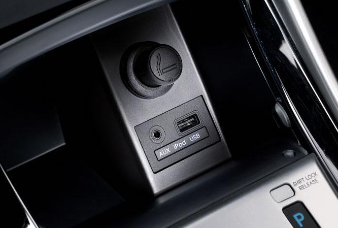 переходник CTHYUNDAIUSB.7 позволяет сохранить штатный USB/AUX разъем Hyundai при замене магнитолы