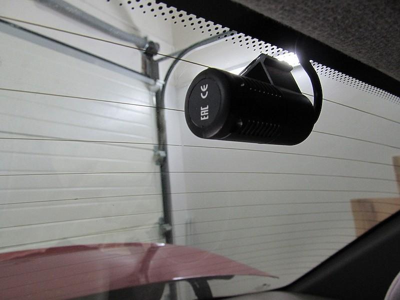 видеорегистратор скрытой установки с разнесенным блоком и двумя камерами